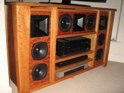 Подставка под ТВ и акустическую систему