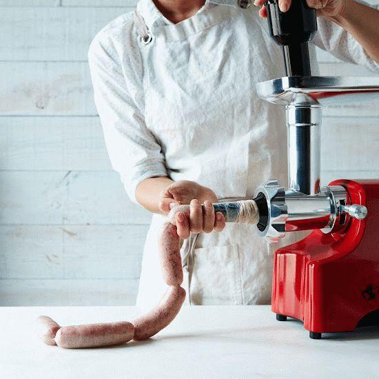 Как сделать колбаски на мясорубке бош