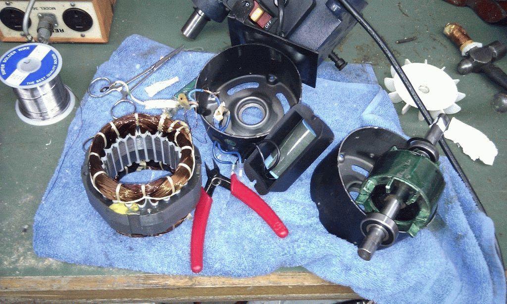 Как из обычного моторчика сделать генератор