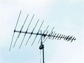 Телевизионная антенна с усилителем