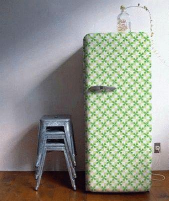 Холодильник в технике декупаж