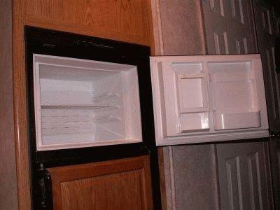 Морозильная камера холодильника