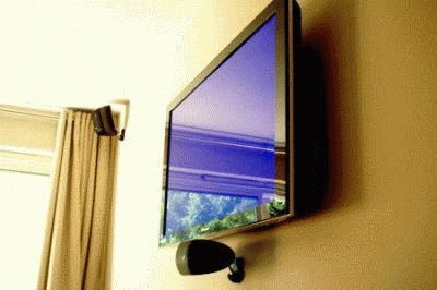 Настенный телевизор