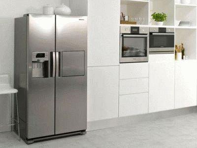 Двухстворчатый холодильник side-by-side