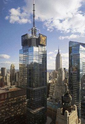 Первый небоскрёб. Таймс Сквер.
