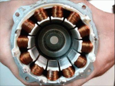 Двигатель с постоянным магнитом