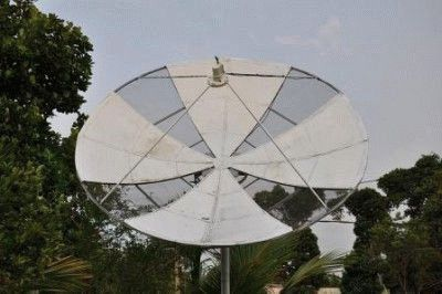 Параболическая антенна