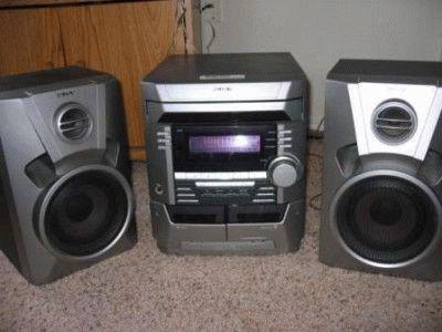 Кассетно-дисковый музыкальный центр
