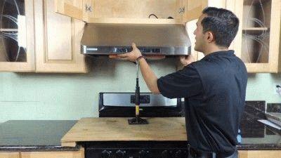 Крепление кухонной вытяжки
