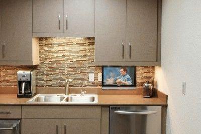 FullHD телевизор с маленькой диагональю